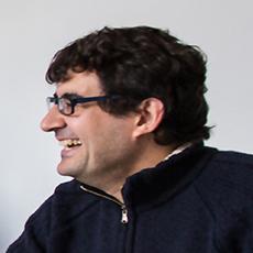 Víctor M. Gómez